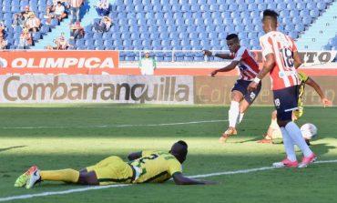 Junior venció 1-0 a Bucaramanga con gol de Luis Díaz sobre el final