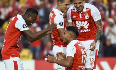 Santa Fe no pudo con Emelec en casa: Empató 1-1