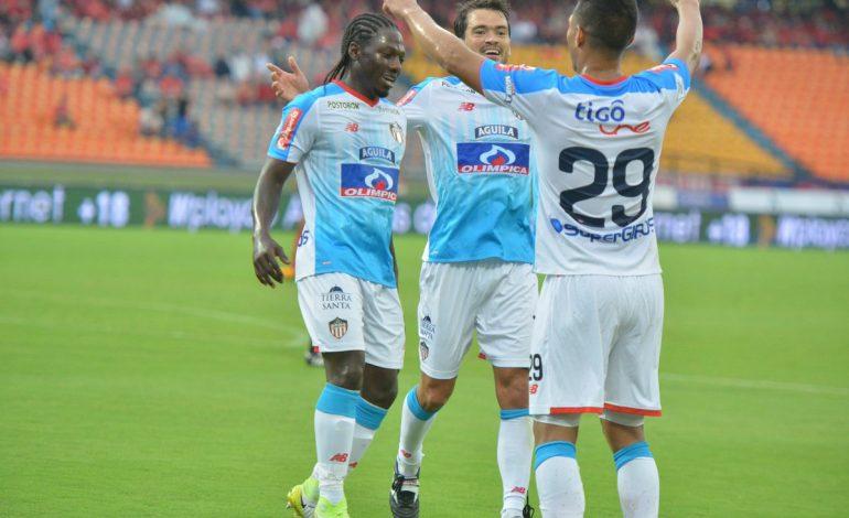 Junior fue 'poderoso' y derrotó al Medellín 1-2 en el Atanasio