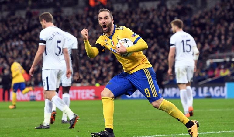 Juventus le remontó al Tottenham y avnazó a cuartos de la Champions