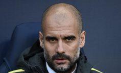 Pep Guardiola sancionado con 22.500 euros por el lazo amarillo