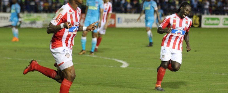 Junior se impuso a Jaguares 2-1 y clasificó a los cuartos de final de la Liga